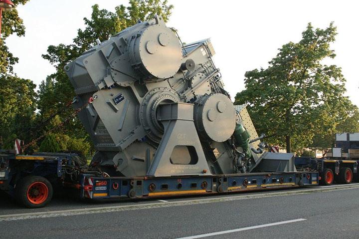 Transport opreme i mašina za rudarsku industriju