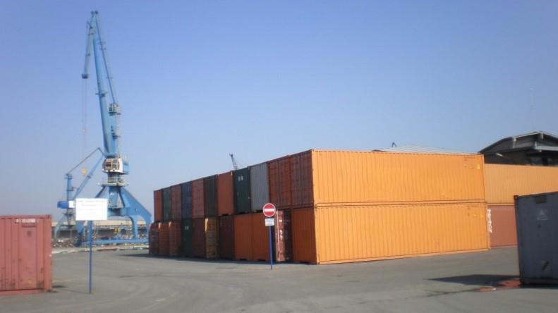 Prazni kontejneri