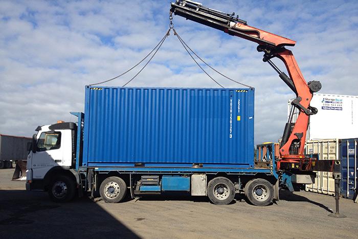 Kamionski prevoz / transport kontejnera